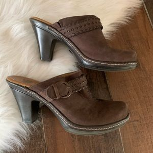 Sofft Leather Clogs Mules Sip On Chunky Heel 6